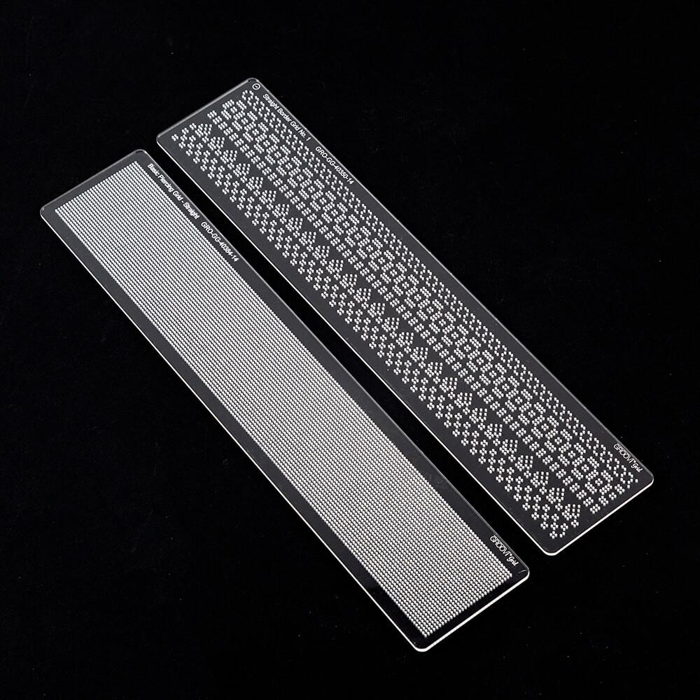 Groovi Grid Piercing Border Plate Straight 1