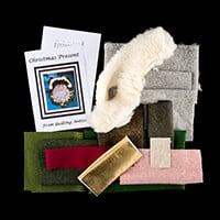 Quilting Antics Tweed Christmas Presents Wreath Kit 14
