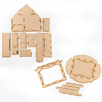 Daisy's MDF House and Christmas Frame - 16 Pieces-123069