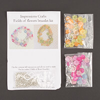 Impressions Crafts 2 x Lucite Field of Flower Bracelet Kit-125541