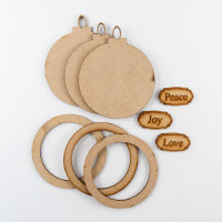 Karacter Krafts 3 x Hanging Baubles With Embellishments-158518