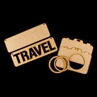 Daisy's MDF Travel Plaque and Camera-628532