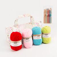 Korbond 'Let's Get Crocheting' Kit-783985